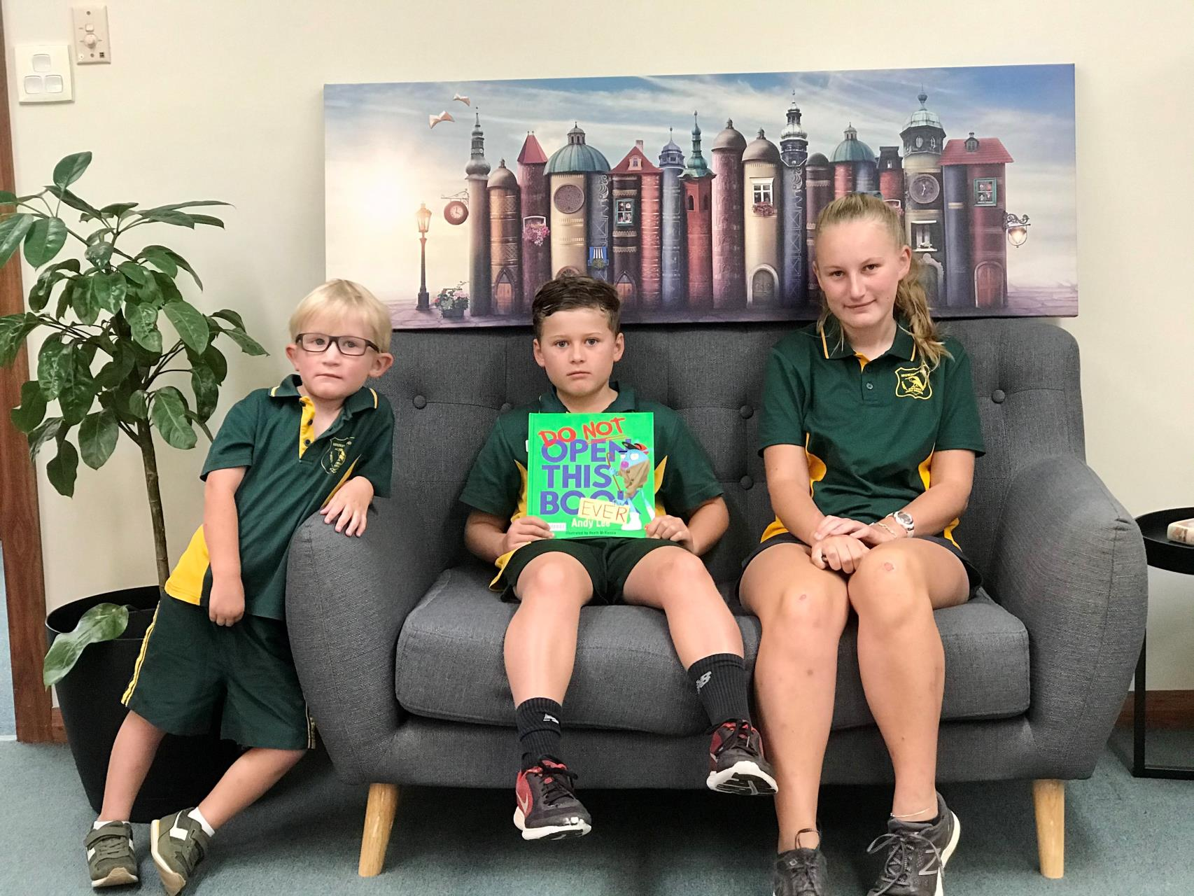 Shire Kids in Library